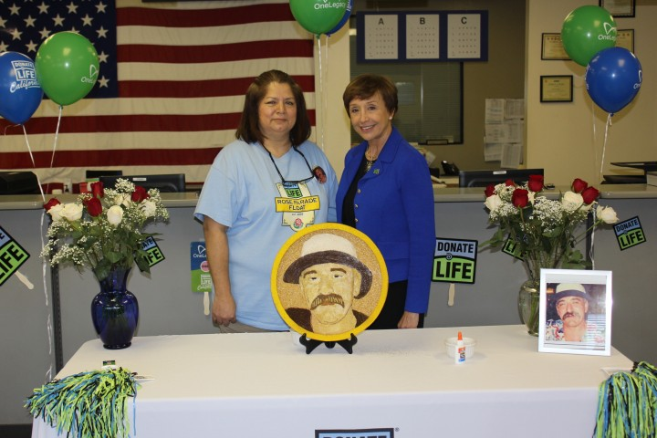 Sandra Gutierrez and Donate Life California CEO Charlene Zettel